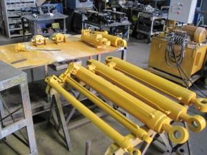 油圧シリンダー製作例